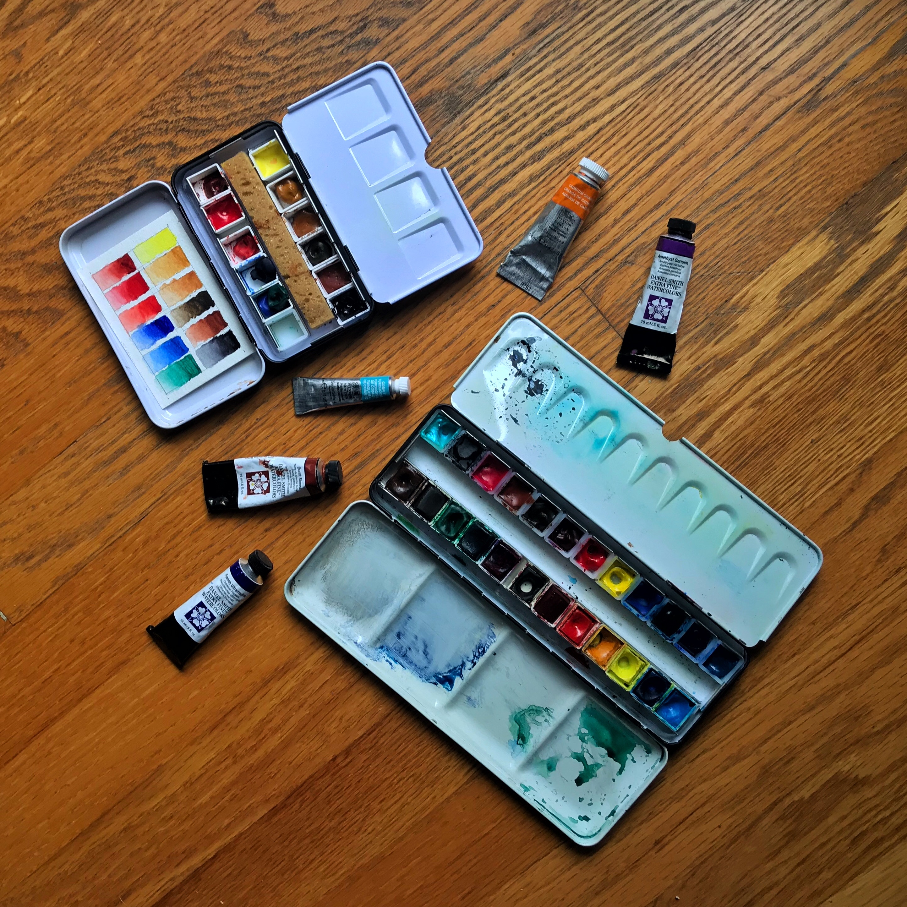 Travel palette for watercolors
